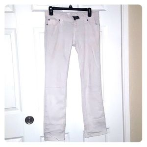 LastPriceWetSeal: Low Rise White Skinny Jeans (5s)